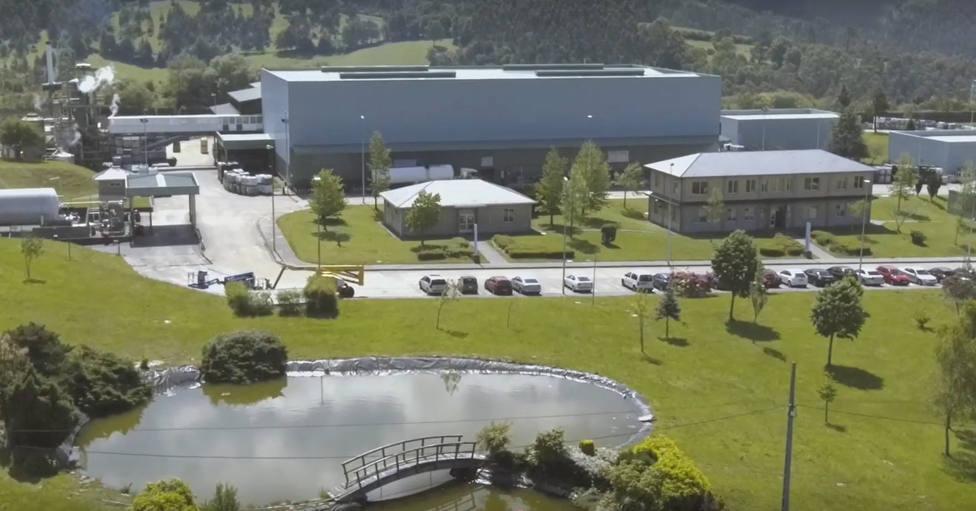 Vista de la planta que la empresa Sogarisa tiene en el polígono de As Somozas