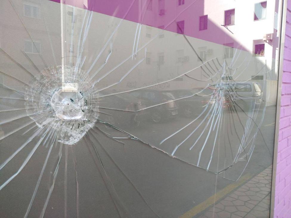 Destrozos en la sede de Podemos de Cartagena