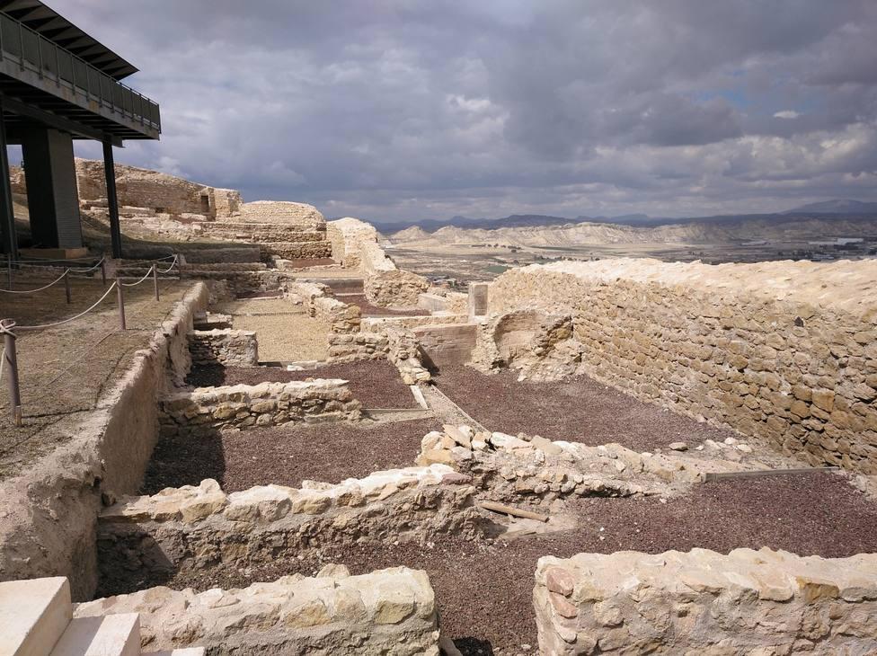 Ayuntamiento realizará trabajos de restauración, señalización y cartelería en Parque arqueológico del Castillo