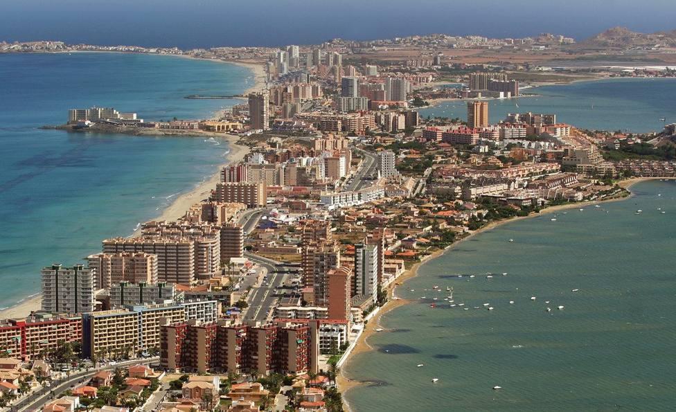 La llegada de turistas internacionales a la Región se desploma un 73,2% en agosto