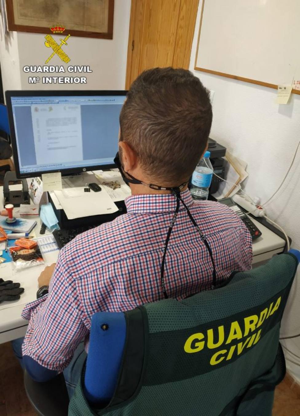 La Guardia Civil detiene en Mazarrón a una persona dedicada a cometer estafas a través de internet