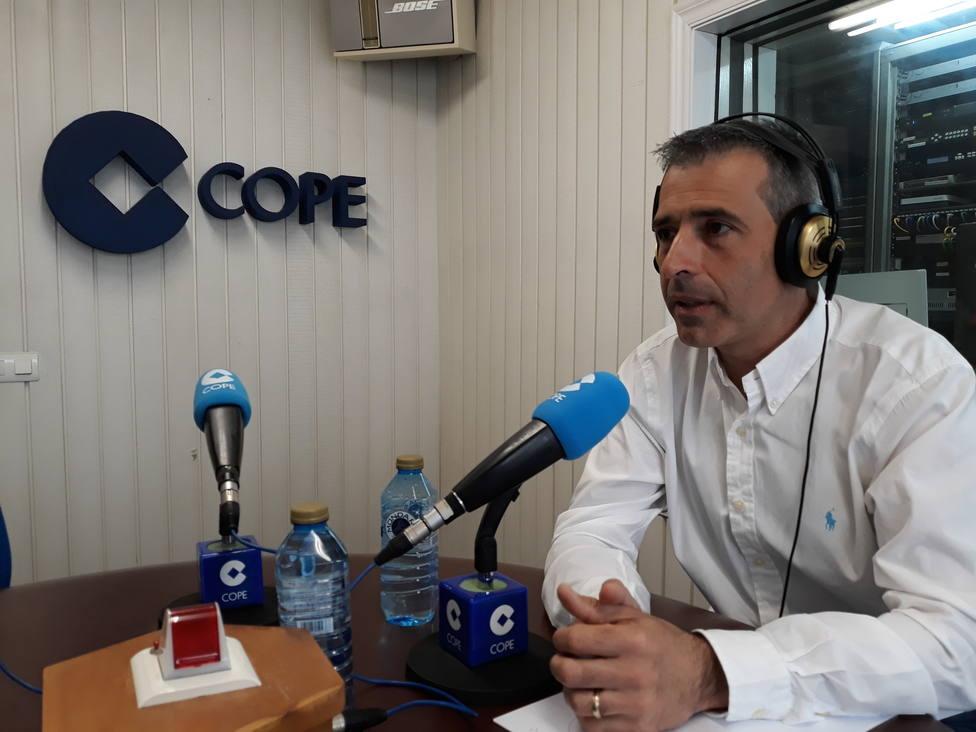 Fernando Suárez Barcia, alcalde de Ribadeo, en los estudios de COPE de la Costa