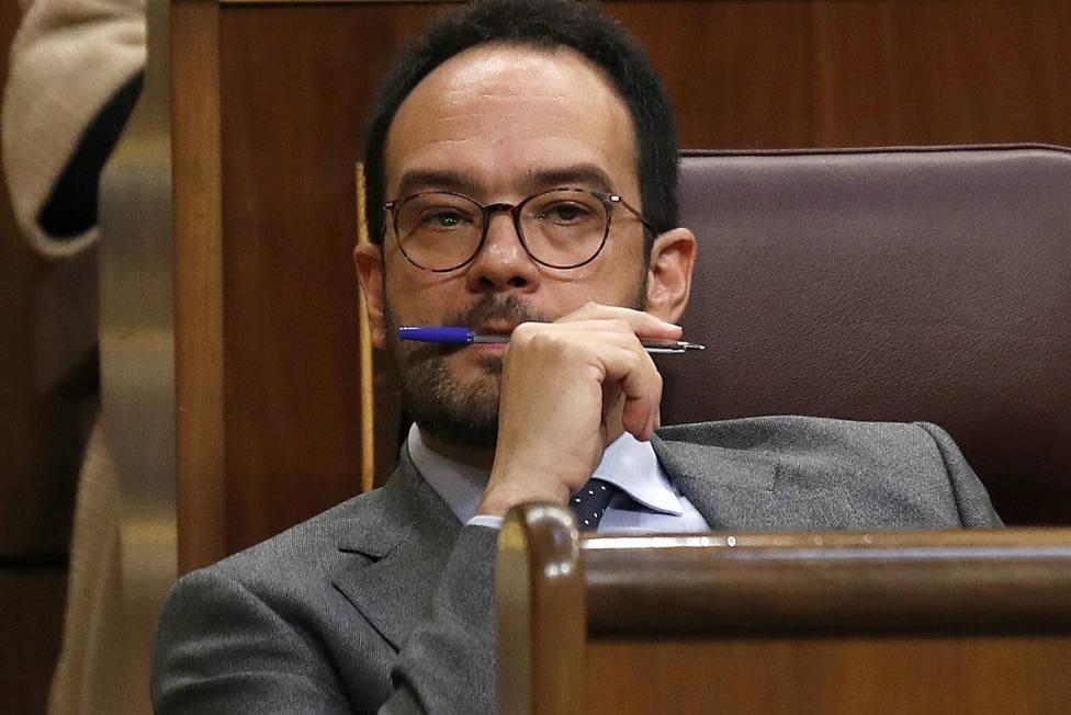 ¿Qué fue de Antonio Hernando? El portavoz socialista que dimitió con la victoria de Sánchez