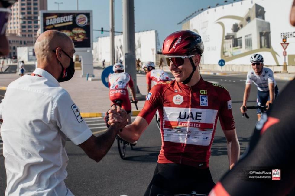Pogacar extiende su contrato con el UAE Emirates hasta 2026
