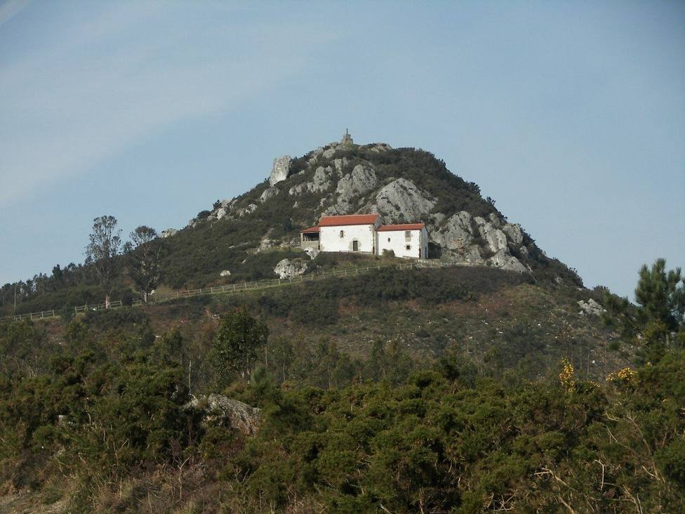 La otra consecuencia de la leyenda del Pico Sacro: las piedras que llenan sus cuevas