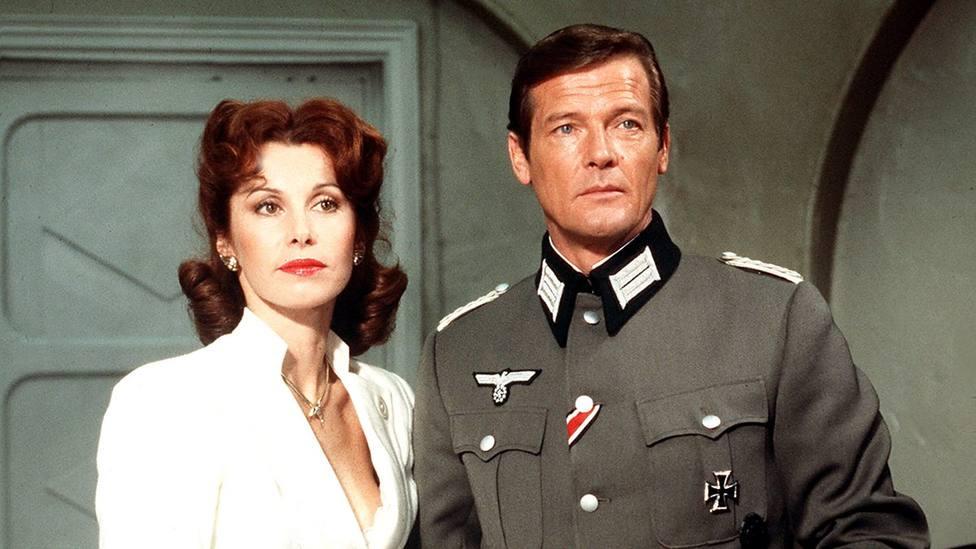 Hoy jueves, reparto de lujo con Roger Moore y Claudia Cardinale en TRECE