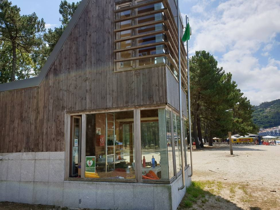 Caseta de socorrismo de la playa de A Magdalena, en Cabanas. FOTO: Concello de Cabanas