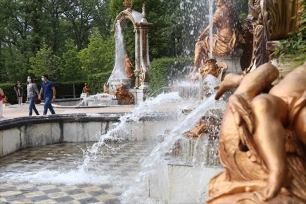 Las fuentes de los Jardines de la Granja de San Ildefonso (Segovia) vuelven a funcionar tras 22 meses
