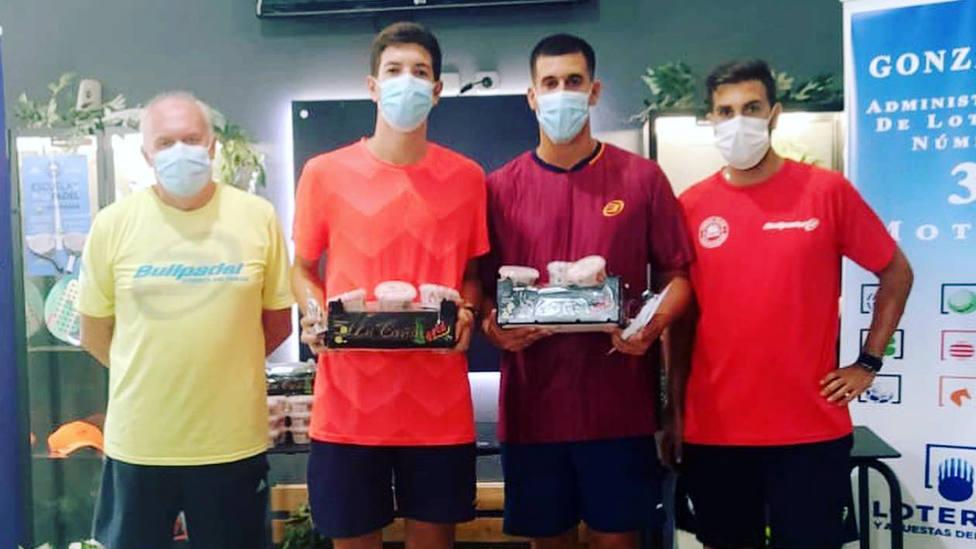 Jesús Castillo y Enrique Pérez se proclaman campeones del II Torneo Nazareno y Esperanza de pádel