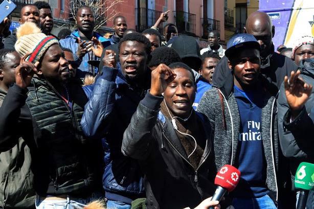Los senegaleses exigen sanciones a los policías por la muerte de Mbaye