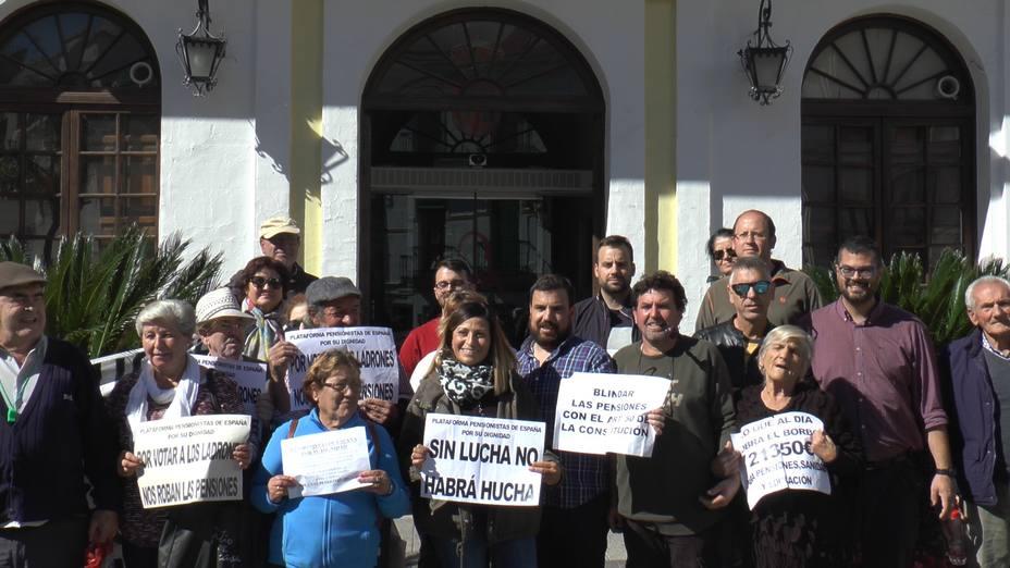 Adelante Andalucía se compromete a incrementar las pensiones mínimas y no contributivas