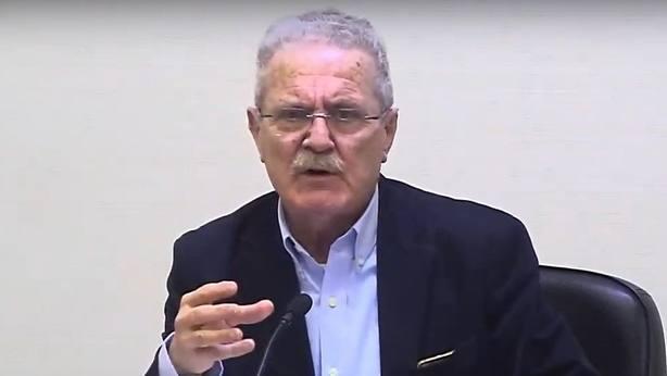 Luis Yáñez afea que antiguos dirigentes del PSOE se sumen al linchamiento de Pedro Sánchez: Hay que saber envejecer