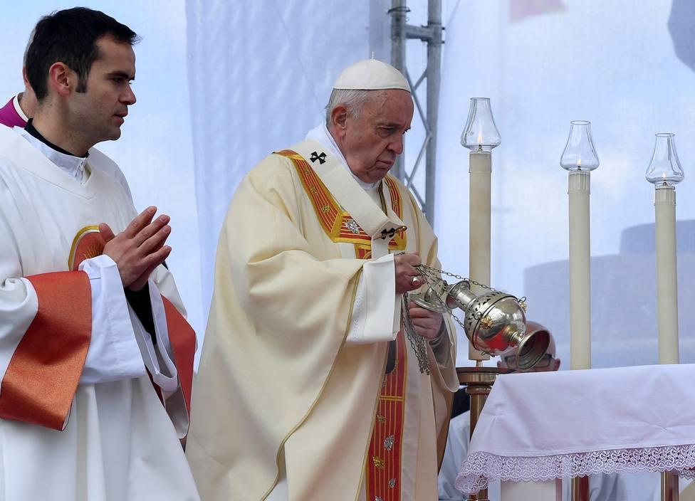 El Papa en Macedonia: Nos hemos acostumbrado a comer el pan duro de la desinformación