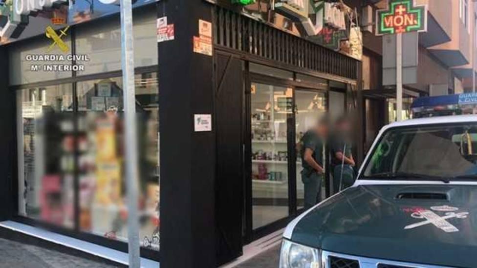 La Guardia Civil desarticula una organización delictiva que habría estafado al Servicio Canario de Salud más d