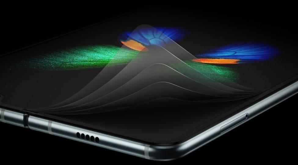 9936692f2e8 Samsung arregla los fallos técnicos del móvil plegable Galaxy Fold, según  Bloomberg