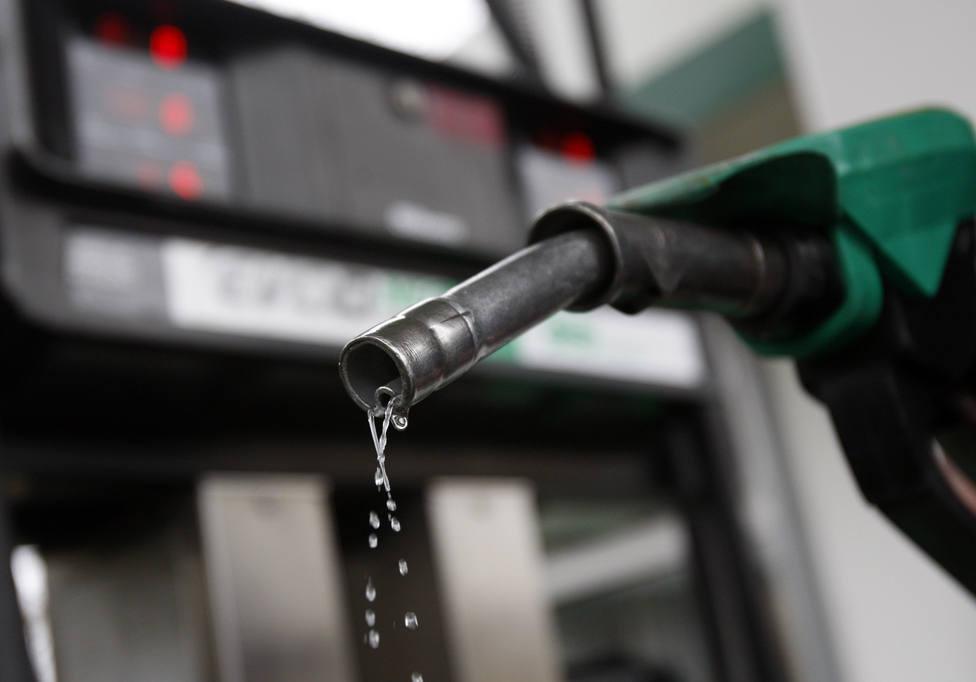 El precio de los carburantes acumula una subida del 6,7% en el primer semestre