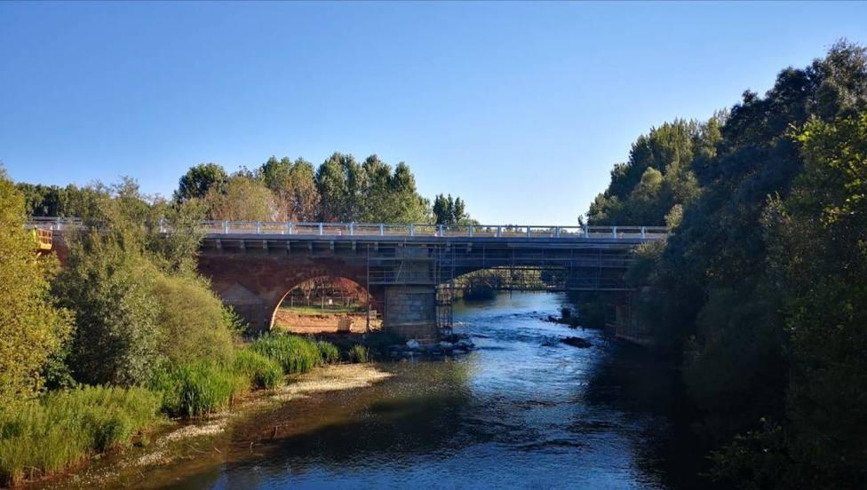 Puente Villarente.