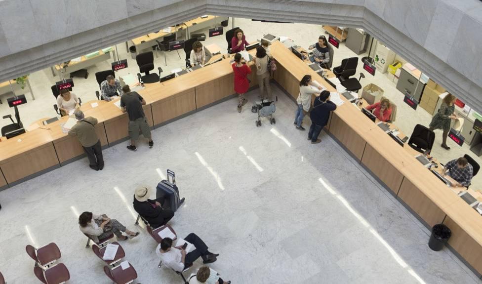 El número de funcionarios en España asciende a más de 2,5 millones y sube un 0,6% en 6 meses