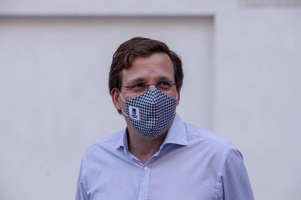 Almeida defiende la respuesta de respeto a los poderes judiciales en Kitchen frente a Podemos