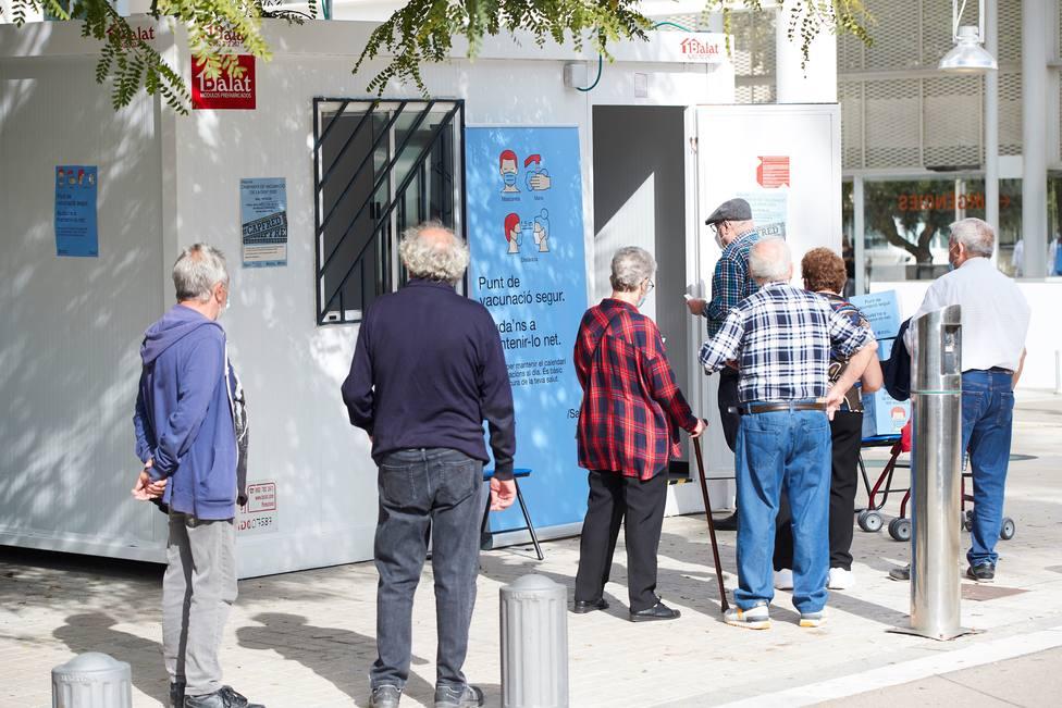 Cataluña registra récord de casos por coronavirus en 24 horas: 5.403 nuevos infectados