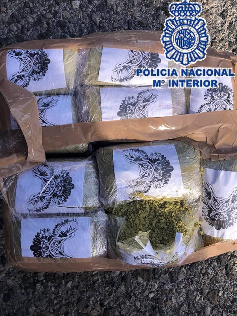 Málaga.- Sucesos.- Detenido un supuesto narcotraficante que intentó huir cruzando a pie la A-7, en Marbella