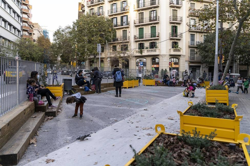 Un entorno escolar pacificado en Barcelona.