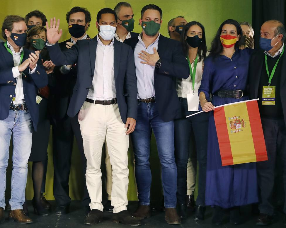 Una nueva encuesta dispara a Vox tras el 14-F y el centro-derecha superaría a PSOE y Podemos