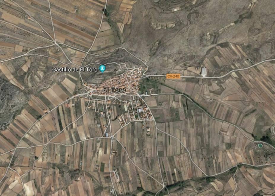 Bomberos buscan a un grupo de personas perdido cerca de una antigua base militar de El Toro (Castellón)