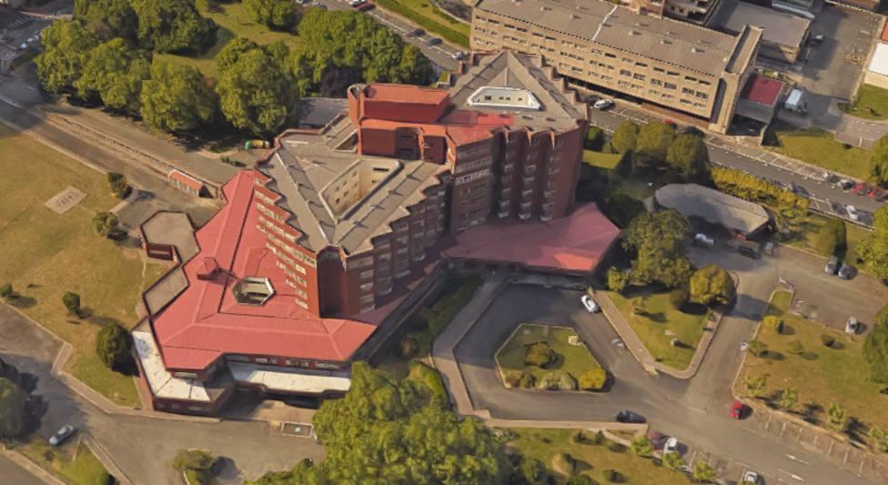 Vista aérea de la Residencia de mayores de Ferrol, situada en Caranza