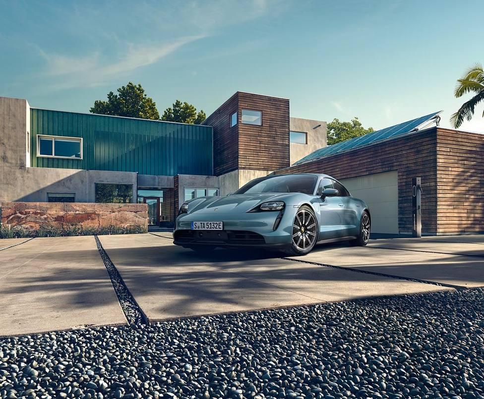 Porsche pone a la venta en España el Taycan 4S, con hasta 571 caballos de potencia