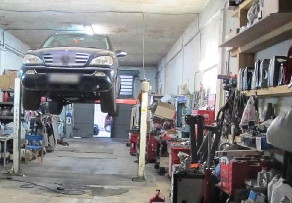 La Policía Local de Logroño localiza y denuncia dos talleres mecánicos clandestinos