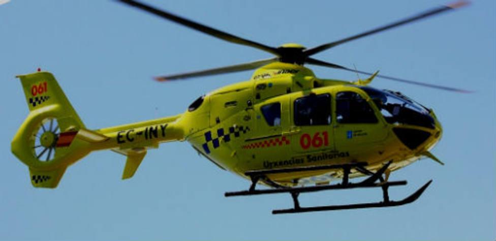 Evacuado en helicóptero un herido grave tras empotrar su coche contra un árbol en A Fonsagrada