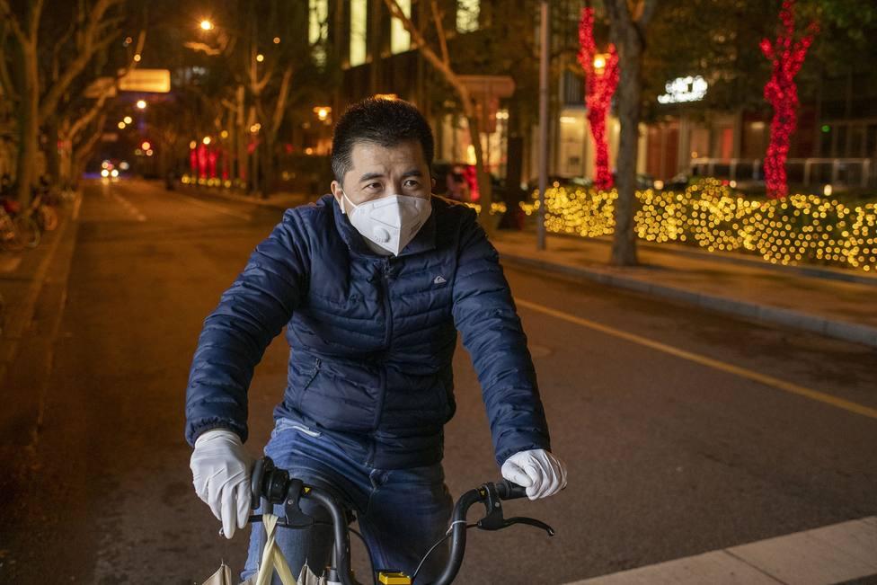 Un tribunal chino avisa de que la ocultación del coronavirus podría ser castigada con la pena de muerte