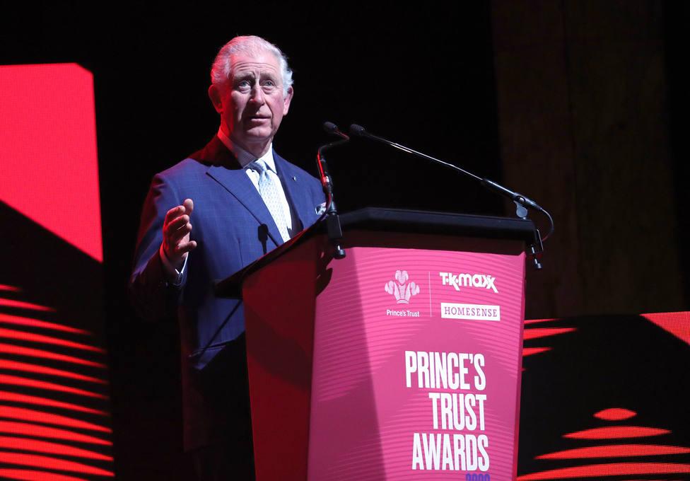 El príncipe Carlos de Inglaterra, contagiado por coronavirus