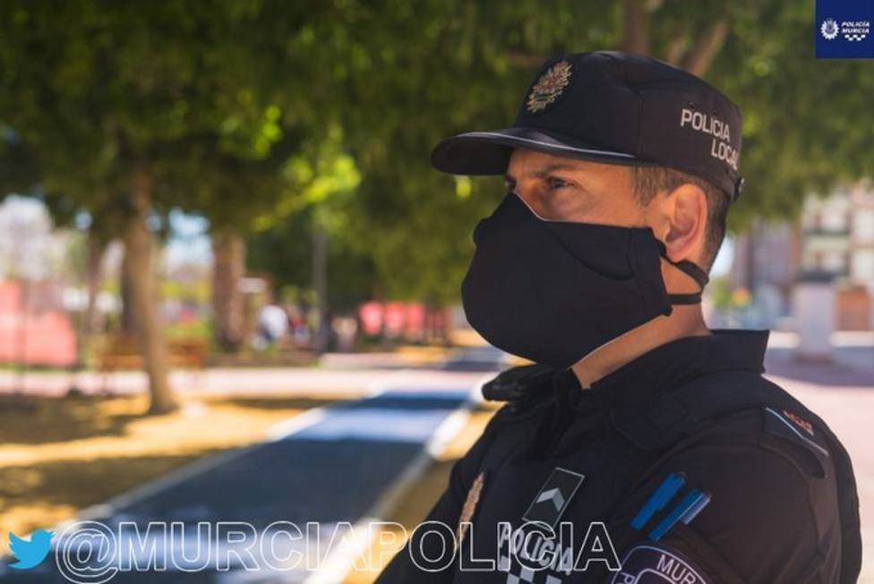 Las policias locales de Murcia y Cartagena multan a 527 personas por no llevar mascarilla