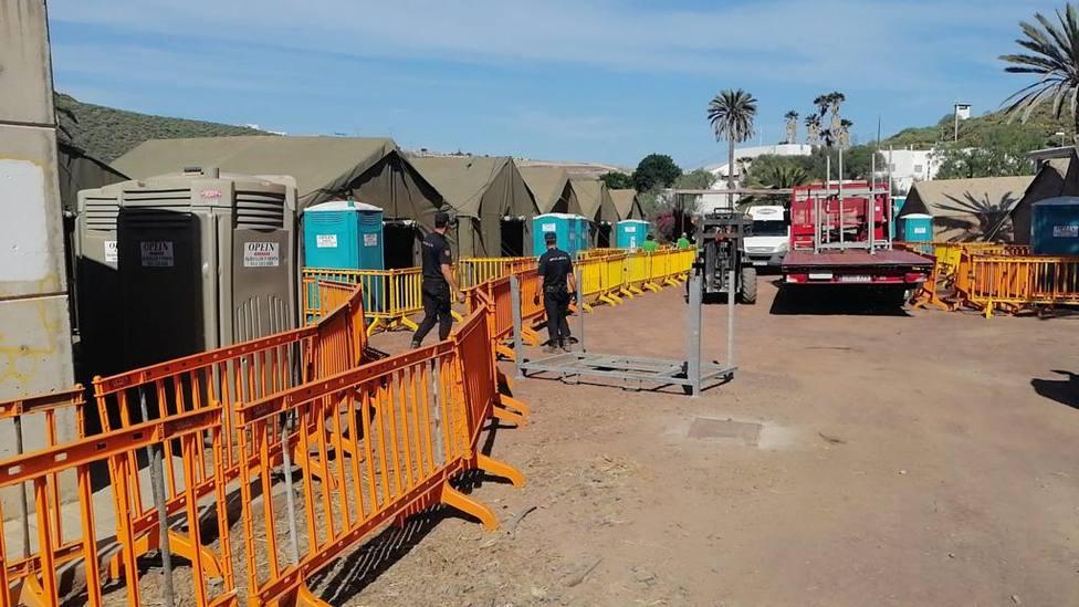 CATE de Barranco Seco: el campamento militar al que han trasladado a 200 migrantes