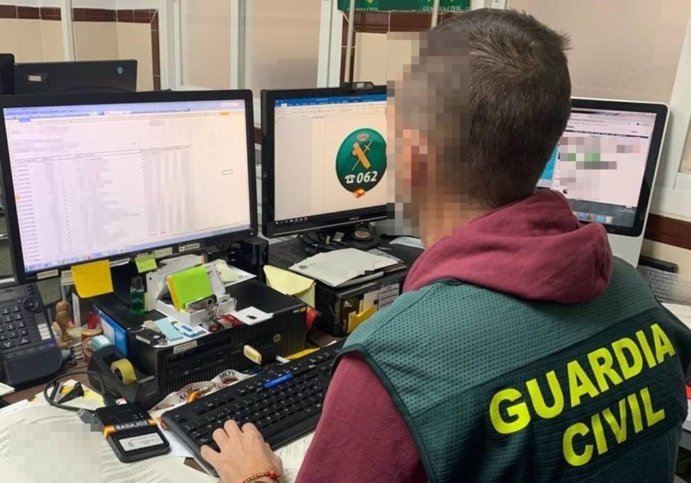 Sucesos.- Siete detenidos en Cuenca y Valencia por estafar más de 80.000 euros a una empresa de Talarrubias (Badajoz)