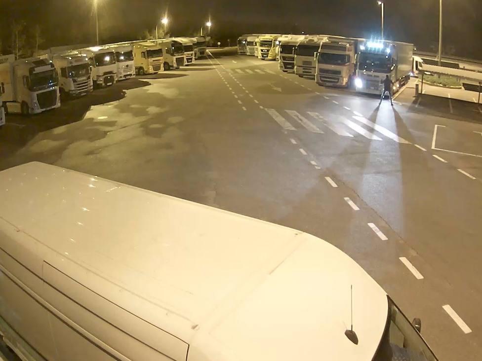 Sucesos.- Desarticulado un grupo que robaba en camiones aparcados en áreas de servicio catalanas