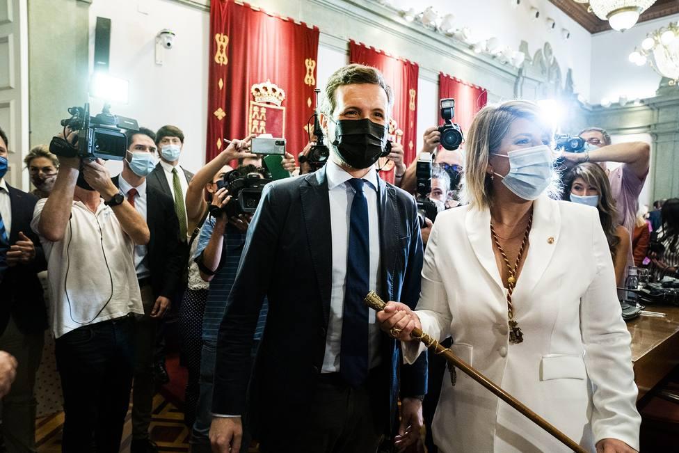 Casado asegura que Sánchez ha sido secuestrado por los independentistas