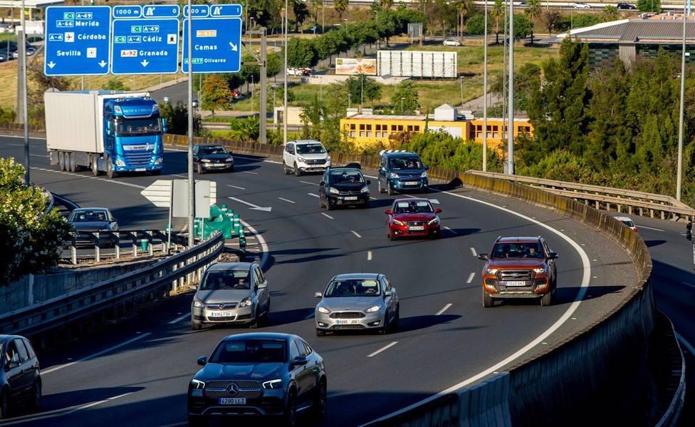 Las claves para viajar más seguro por carretera: descanso antes y durante el trayecto y comidas ligeras