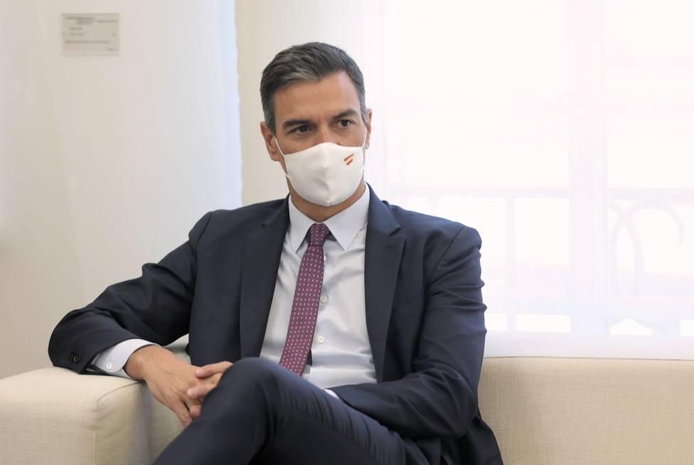 Sánchez cree oportuno que Felipe VI asista a Barcelona a la entrega de despachos a los nuevos jueces