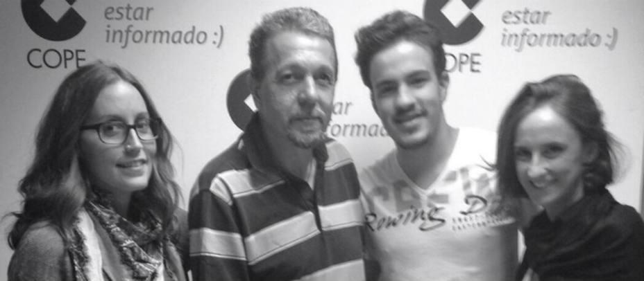 Juanju Elola y su hijo Guillermo en La Noche de COPE