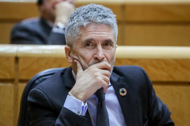 Marlaska dice que las víctimas de ETA creen al Gobierno y no al PP porque ninguno de los 20 traslados fue a Euskadi