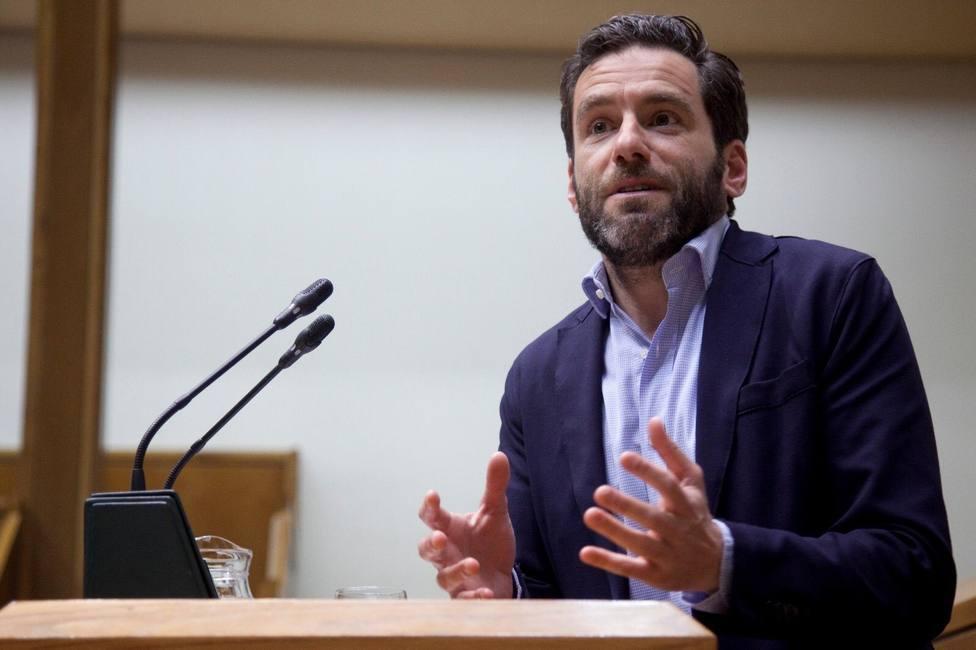 Sémper dice que, si fuera Sánchez, haría una propuesta seria a PP y Cs para negociar que faciliten su investidura