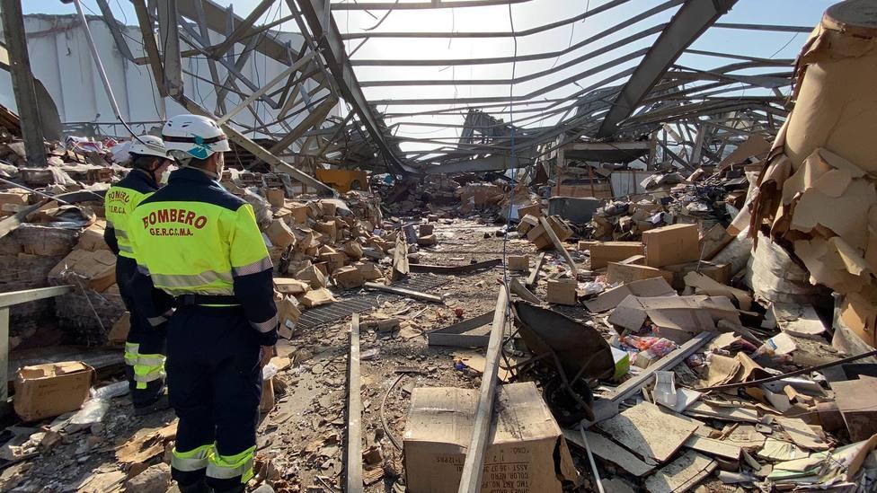 BOMBEROS EN LA ZONA CERO DE LA EXPLOSION EN BEIRUT