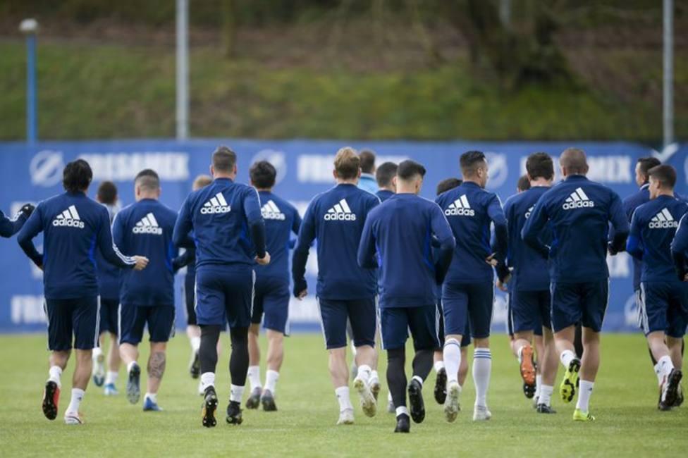 Los jugadores del Oviedo, en un entrenamiento de la pasada temporada