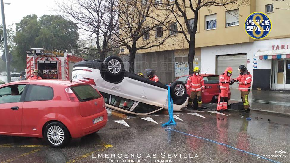 Detenido en Sevilla tras robar un coche, conducirlo sin carné y sextuplicando la tasa de alcoholemia