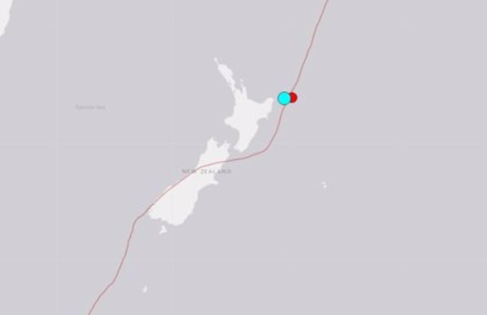 Nueva Zelanda ordena el retorno de evacuados tras rebajar alerta de tsunami