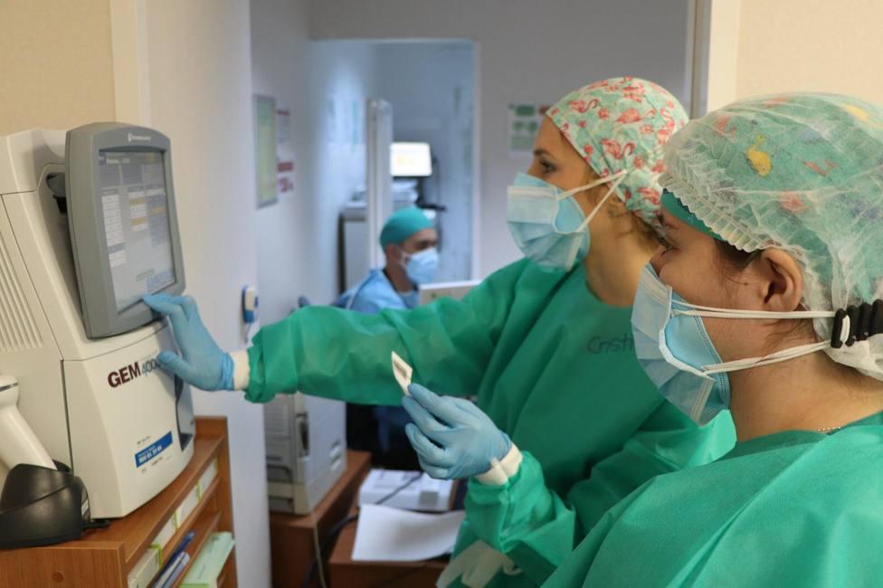 Los dos últimos días revelan en Málaga otros dos fallecimientos por coronavirus y 196 contagios.