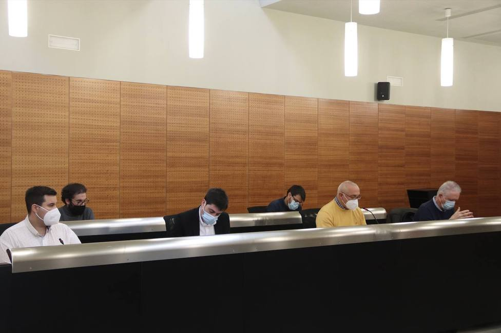 El alcalde de San Vicente cesa de competencias al concejal Jesús Arenas por filtrar información